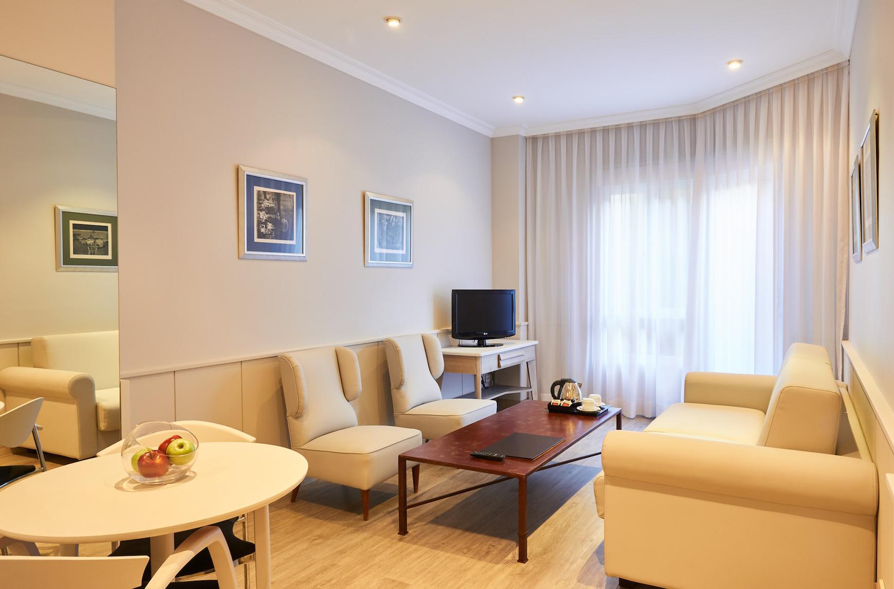 Suite apartamento hotel suites barrio de salamanca madrid for Codigo postal del barrio de salamanca en madrid